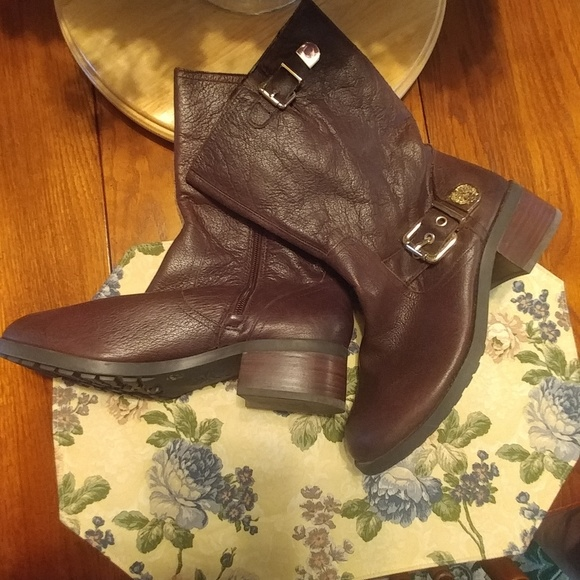 Vince Camuto Shoes - Vince Camuto boots, 8W,  Brown, Never worn